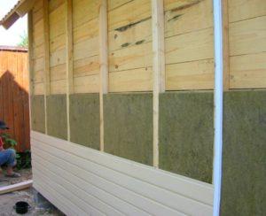 Процесс утепления дома из бруса