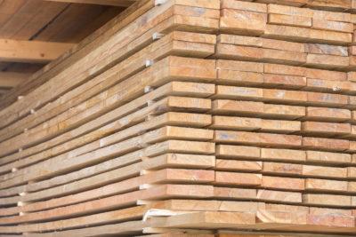 Доска обрезная 25х150х6000 из сосны и ели